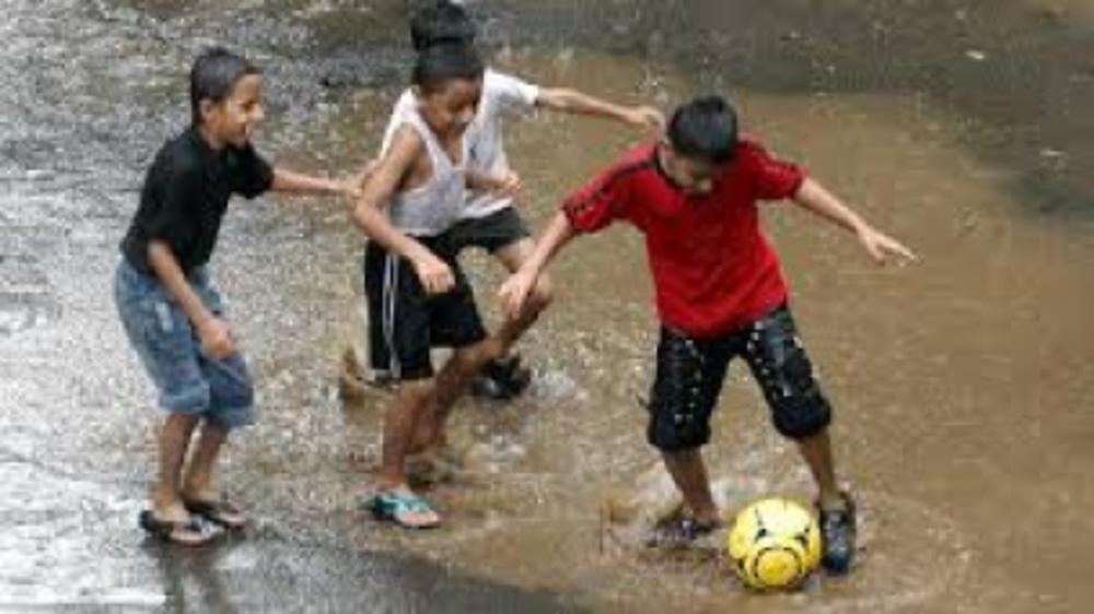 I let my kids play in the rains, do you?