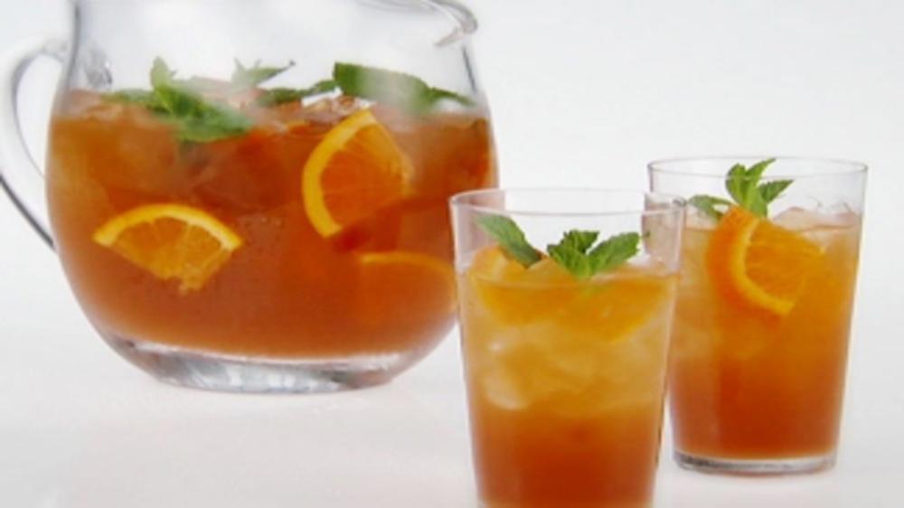 6 zesty ideas to help moms with oranges