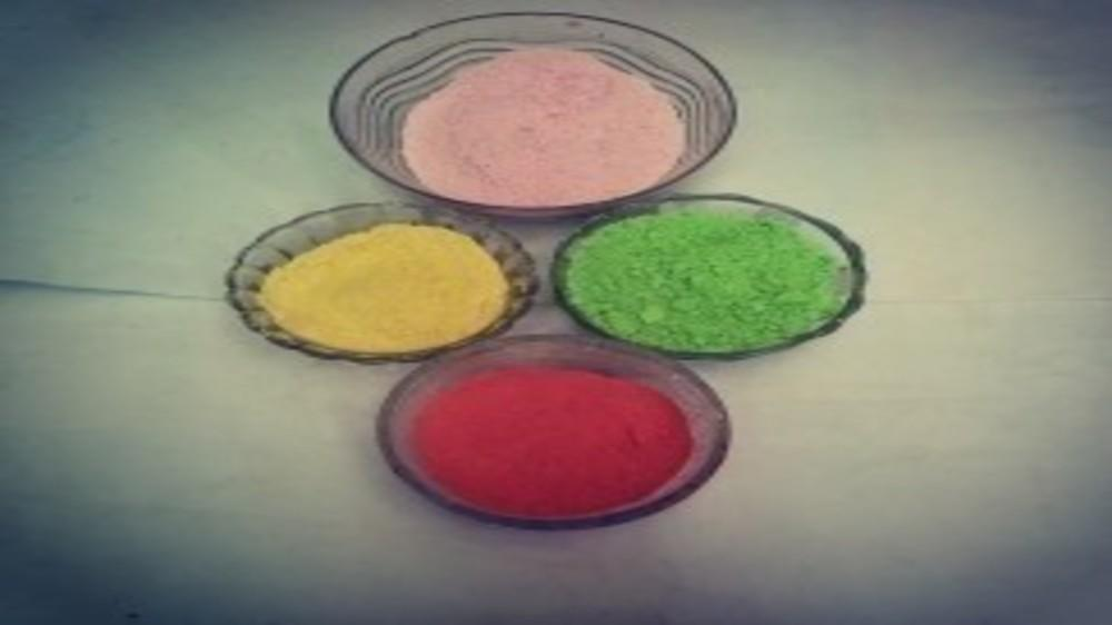 D I Y -  Easy to Make Organic Holi Colours at Home