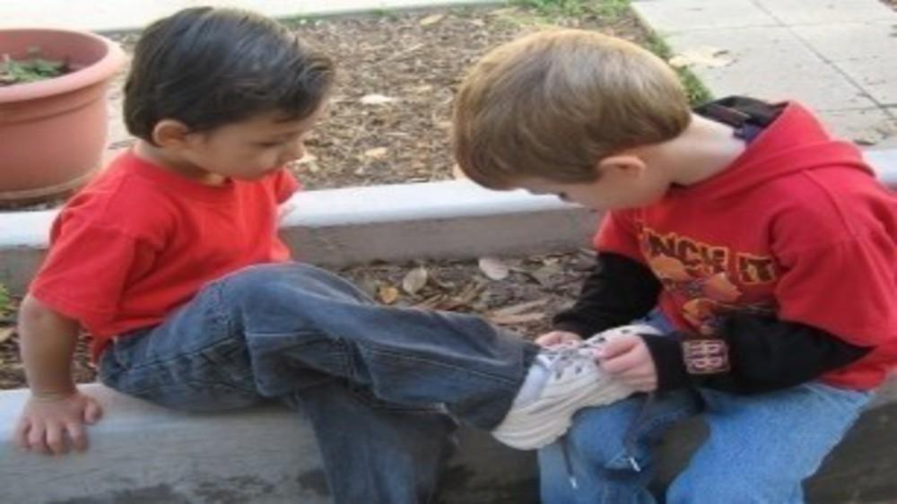 Are you raising nice kids? 6 Ways to teach them to be kind