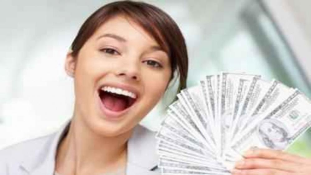 6 ways to become Women with Wealth