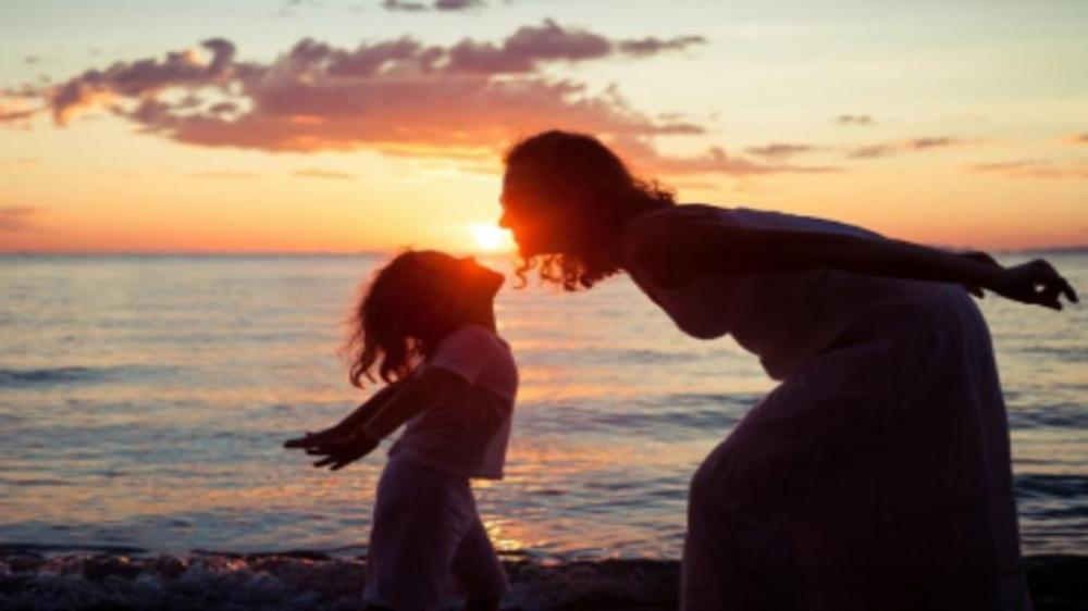 """The Paranoid Mom Syndrome – When I taught my child about """"Good Touch & bad Touch""""."""