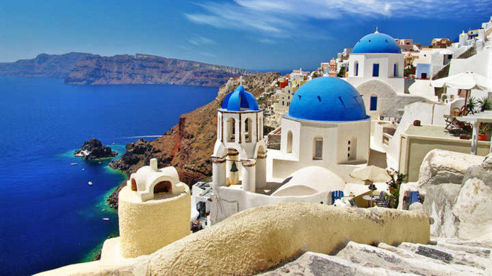 A three-day trip to Greece turned out to be five!