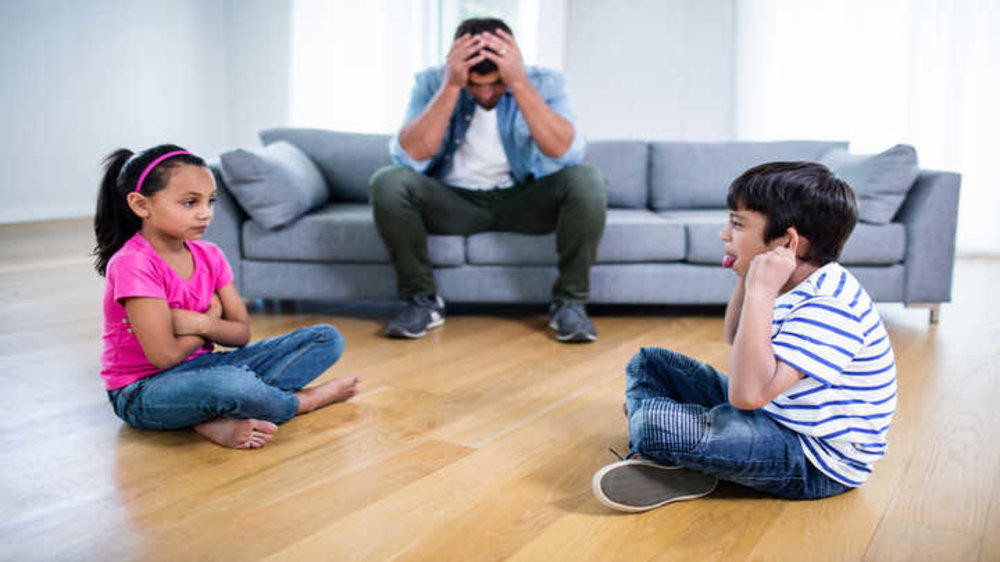 10 Ways to Handle Sibling Rivalry