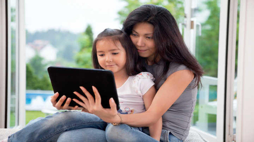 Cyber Parenting – Let's Hear What Mothers Have to Say