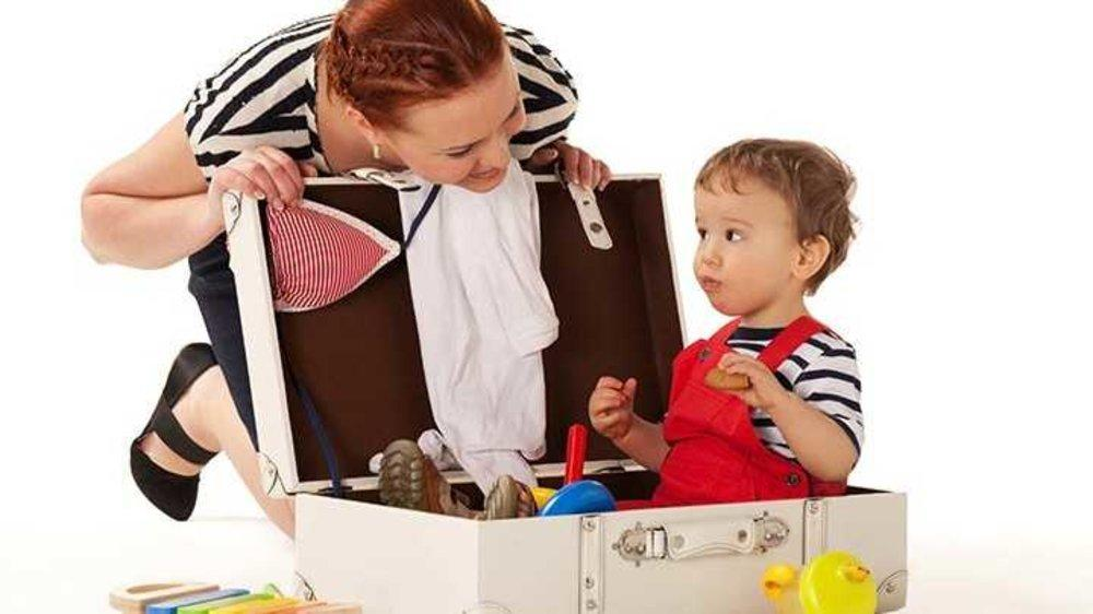 Travelling alone with the baby? Be ready for people's reaction and their super awkward remarks!