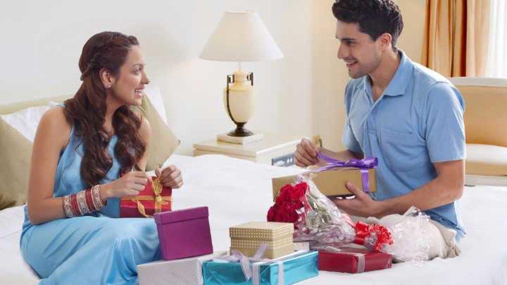 Paraya Dhan weds Joru ka Gulam