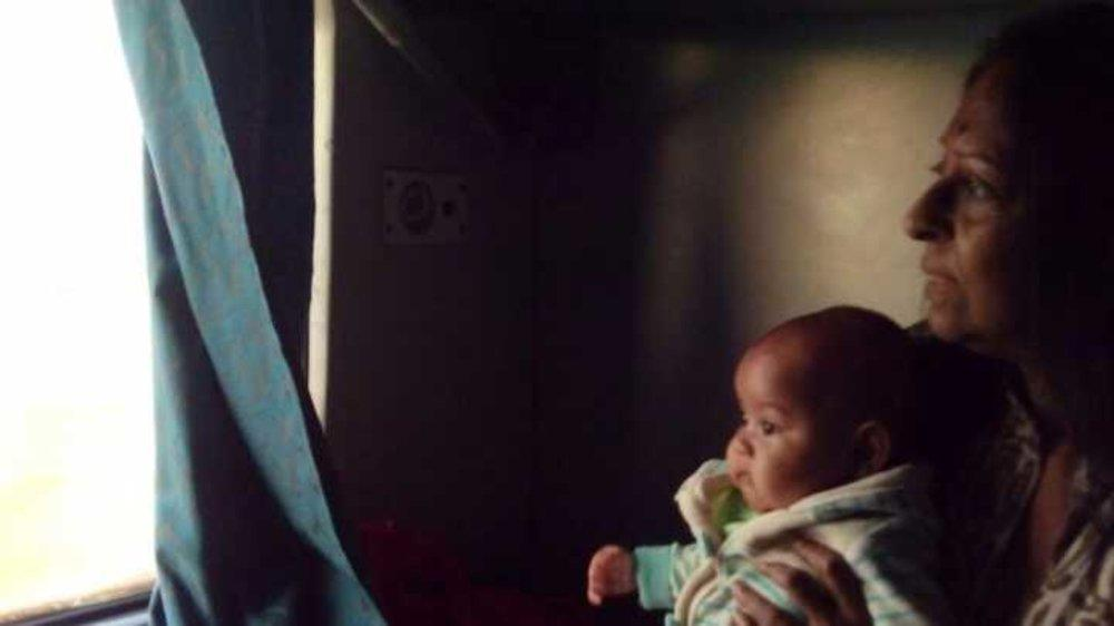 Points to remember when you travel on a train with a baby