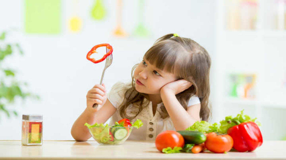 Tips and Tricks to Get Your Child to Eat Healthy