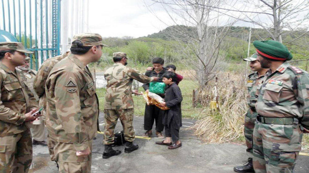 Indian Army Gifts Sweets to 11-year-old Pakistani Boy Who
