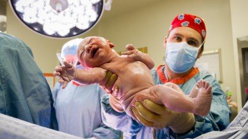 Baby birth Videos, Tips, Normal Baby Delivery, Cesarean Baby Born